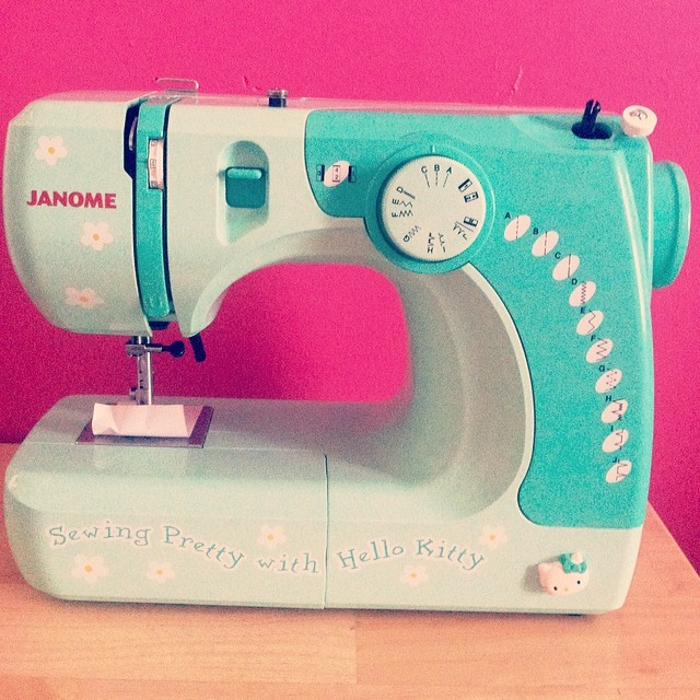 sewing machine hello kitty janome