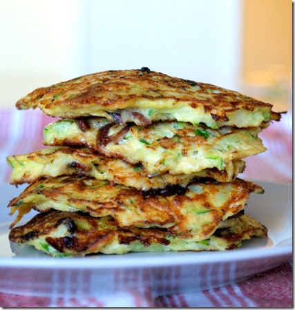 bacon and green onion zucchini panckes