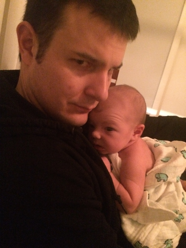 newborn and dad wrinkles